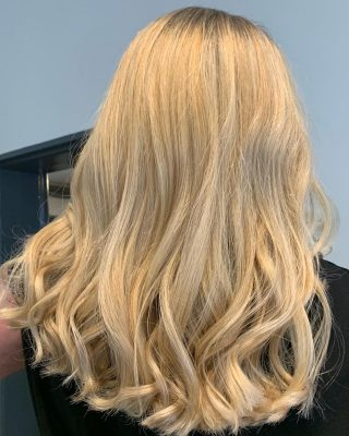 🔳 Blonde 🔳  Colour & Cut by @charlotte_louise_hair   #hairdressing #blondehair #foils #foilayage #colourist #lorealprofessionnel #innoluxe #foilsfordays #soft #creamyblonde