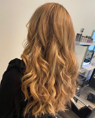 🖤Balayage refresh🖤  Colour & Cut by @ivylouisehair   #hairdressing #lorealprofessionnel #colour #baylage #norwich #norwichsalon #norwichbusiness #coltishallnorfolk