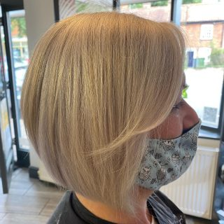 ▫️Restyle▫️  Haircut & Style by @ivylouisehair   @kmshairuk @joewell_global @ysparkuk   #restyle #haircut #haircutsforwomen #hairstyles #hairtransformation #bobhaircut #timelessclassic #greyhair #layeredbob #graduatedbob #precisionhaircut #norwichhair #norwichhairdressers #hairstylist #hairinspo #hairinspiration #supportsmallbusiness #supportlocal #coltishall #fghsaloncoltishall