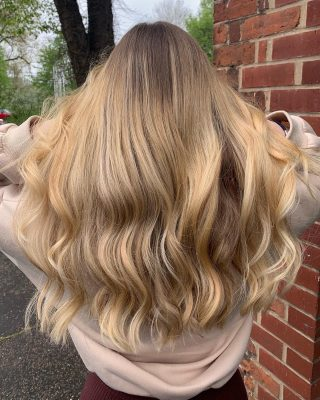 💛Blonde Balayage💛  Colour & Cut by @kayley_glen  Styled by @_hair.by.penny_   #hairdressing #colour #bayalage #blondehair #blondebalayage #faceframinghighlights #lorealprofessionnel #lorealcolourspecialist