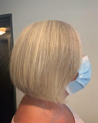 🔆Graduation🔆  Cut&Blowdry by @ivylouisehair   #hairdressing #norwichsalon #graduationhair #linewithgraduation #hairdressers #norwichsmallbusiness #shoplocal #newhaircut #fghsaloncoltishall